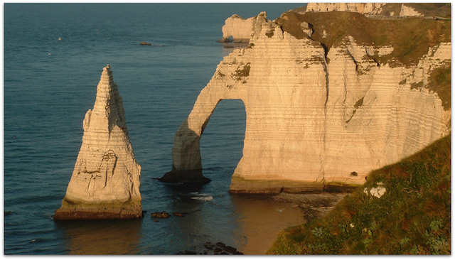 etretat un tour en france
